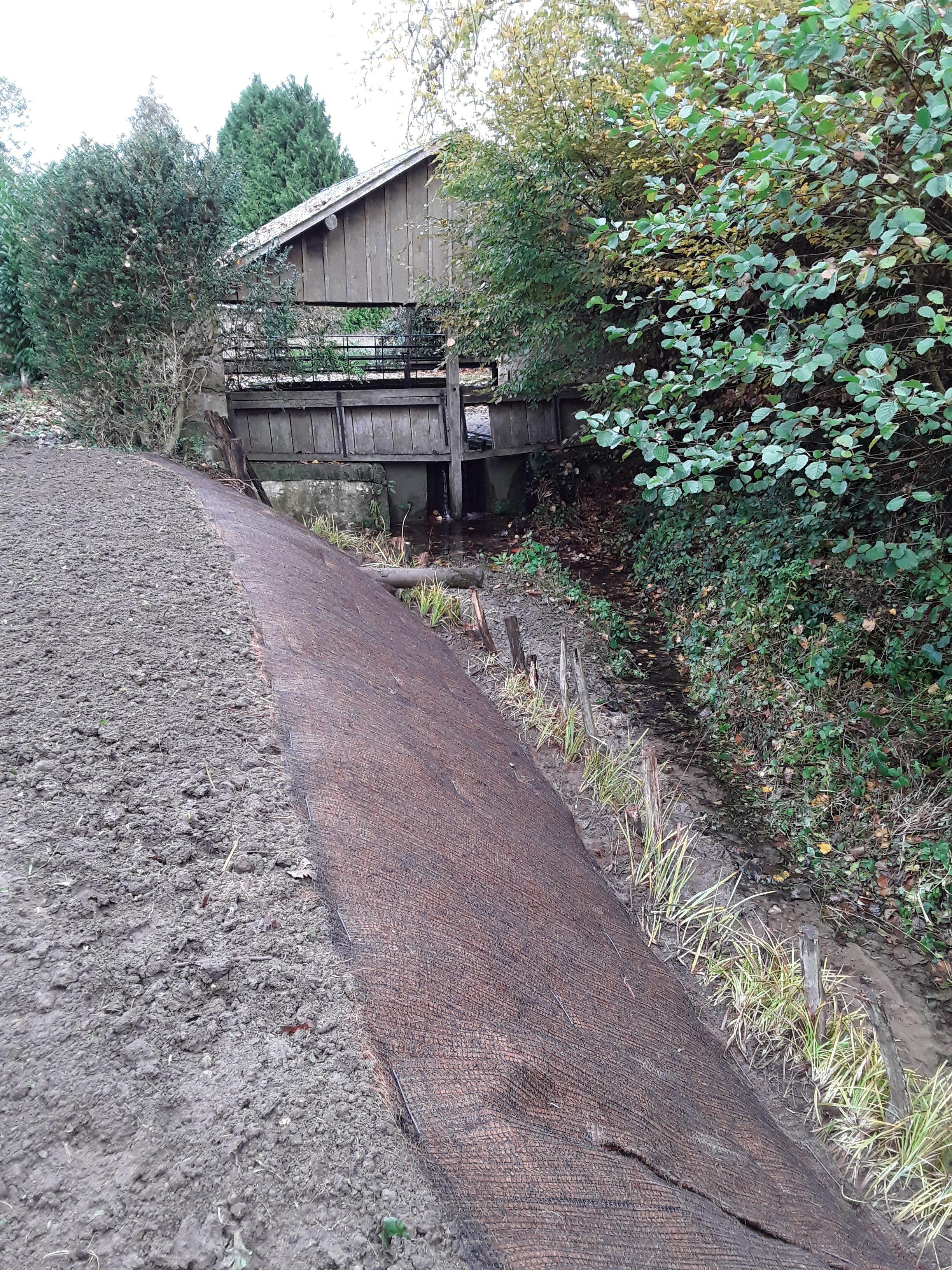 Paysagiste Indre Et Loire aménagement d'une berge de rivière en indre et loire